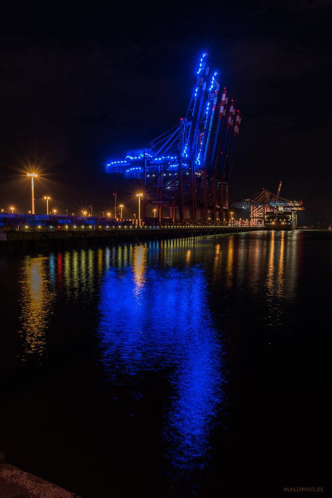 Brückenblau