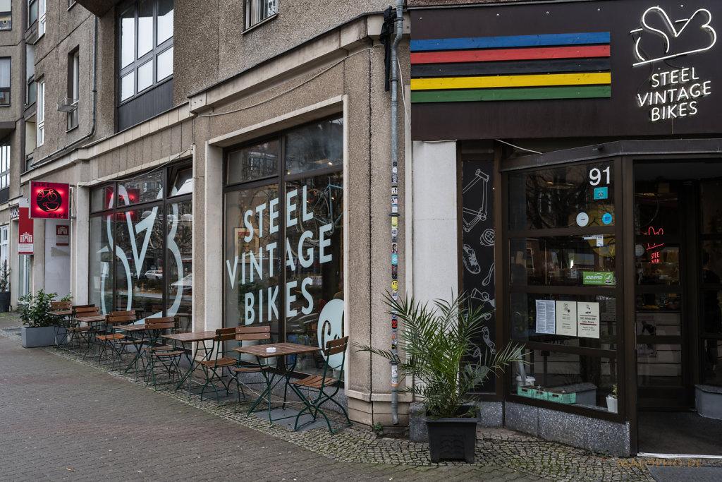 Steel Vintage Cafe-3