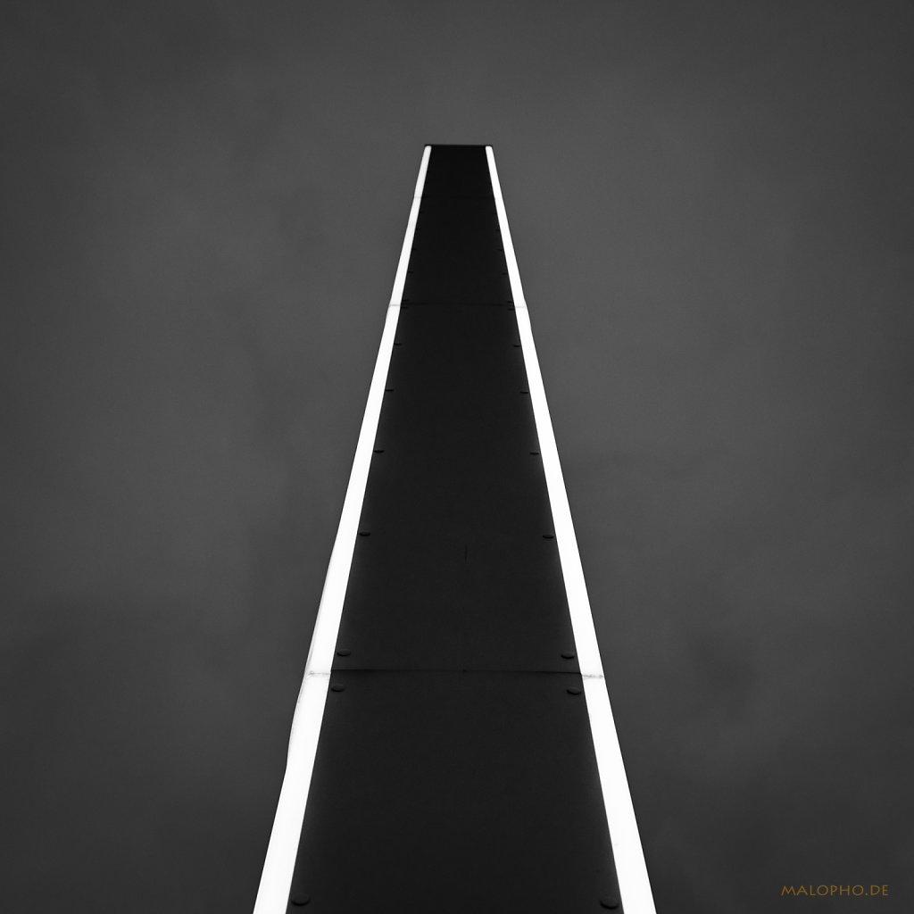 12 | 02 - Lightbeam