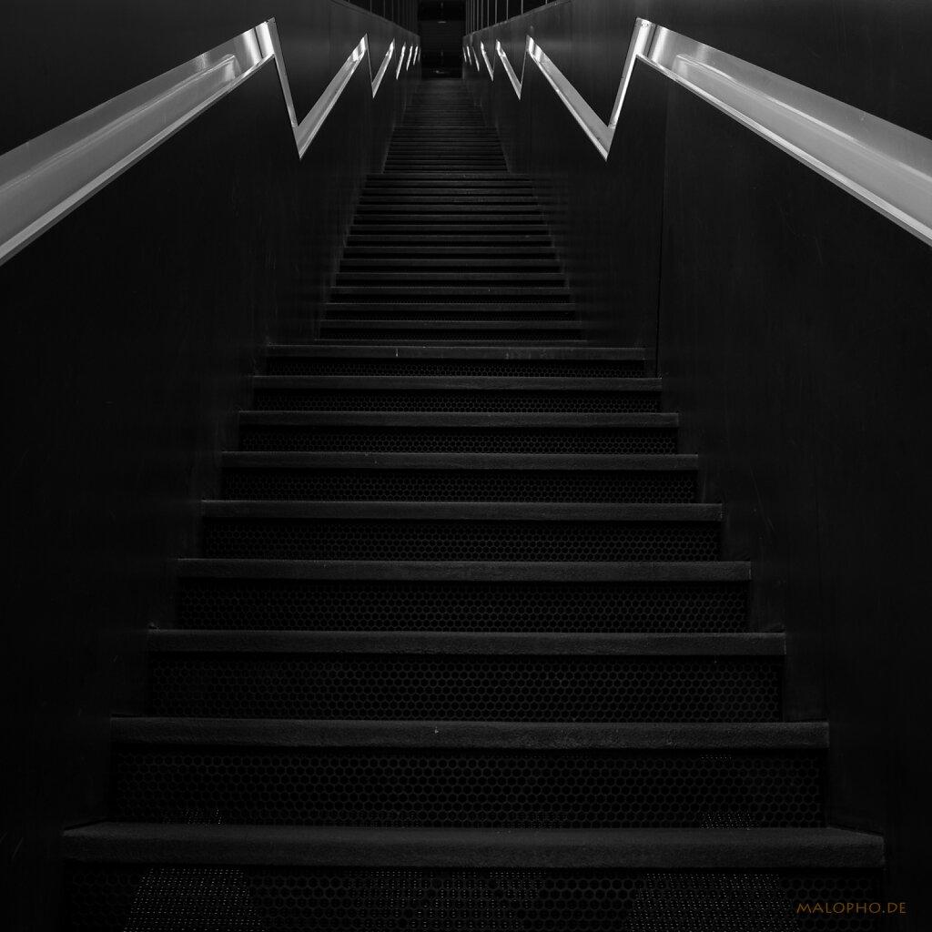 08 | 20 - DIE Treppe